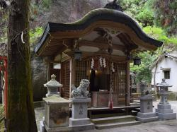 Iwafune Shrine