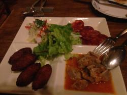 バッカリャウ/タコマリネ/イベリコのサラミ/砂肝トマト煮