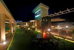 Xenious LN Courtyard Hotel