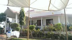 hotel Monarch bharatpur