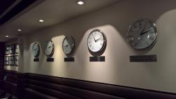 watch with different time zones