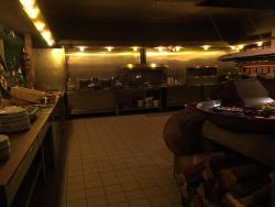 Maximo Hotel Restaurant