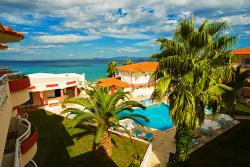 Athanasios Village Hotel