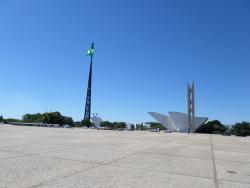 Mastro e Pavilhao Nacional