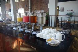 OJ, Guava Juice, Ice Tea, Water, Hot Tea & Coffee