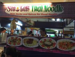 Sen Lek Thai Noodle