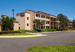 Courtyard by Marriott Chicago Glenview