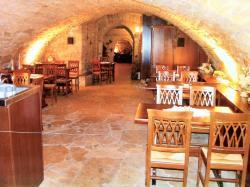 Syrtaki Greek Restaurant