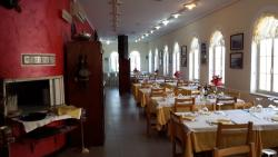 Maurizio Restaurant & Pizza