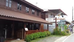 Riverhouse Hotel (The Wooden House)