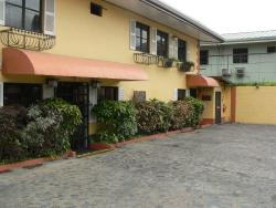 Coblentz Inn Boutique Hotel