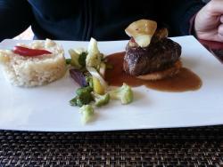 La Goutte d'Eau Café & Restaurant