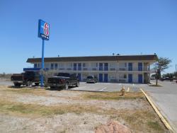Motel 6 Pecos
