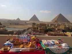 Mena Inn Pyramids