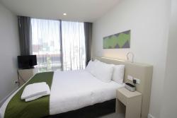 Bedroom (one bedroom apartment)