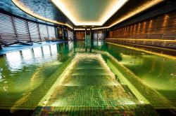 AquaAura  Wellness & Spa