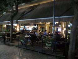 Happening Cafe
