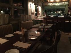 Nonna's Tavern