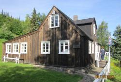 Nonni's House