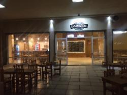 La Sanguteka Resto Bar
