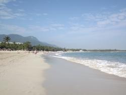 plage par la gauche
