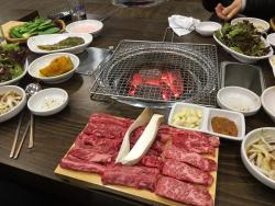 Goryeong Two Bbul Korean Beef Village