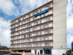 Travelodge Altrincham Central