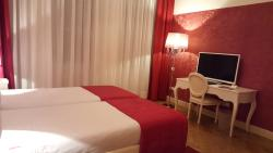 Fabulous stay. Beautiful rooms and very helpful staff