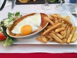 Cafe brasserie de Foy