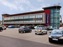 Travelodge Llanelli Central