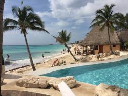 Beautiful resort, great location, amazing service
