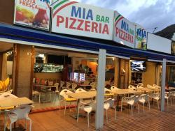 MIA Bar Pizzeria