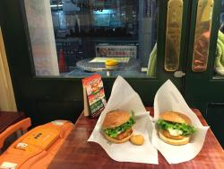 Freshness Burger, Shinjuku 3 Chome