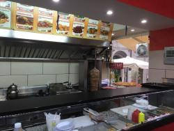 Istanbul Grill, Kebap & Pizza