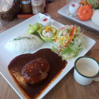 Moji Moji Cafe