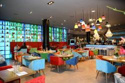 SO News Cafe Restaurant