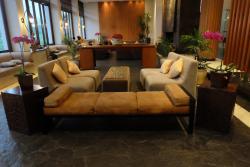 ruang tunggu dan lobby yang nyaman
