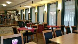Hotel Romer Garni