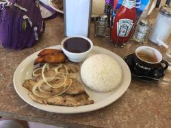 Rey's Cuban Cafe
