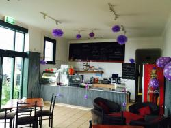 Laziz Restaurant