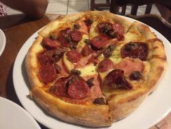 Mozza Pizza Pizzeria Bar