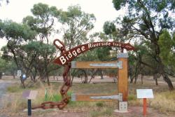 Bidgee Riverside Trail