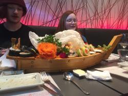 Pour 4 personnes, assemblage de sushis, composition du chef