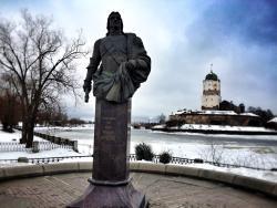 Monument to Apraksin