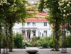 Wij Trädgårdar - Trädgårdens hus