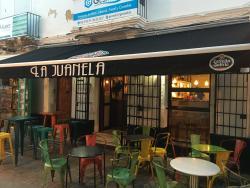 La Juanela Pub