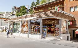 Lindt Chocolate Shop Zermatt