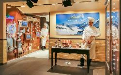 Lindt Chocolate Shop Jungfraujoch - Top of Europe