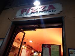 Pisa Da Pizzi & Co
