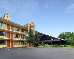 Quality Inn & Suites River Suites